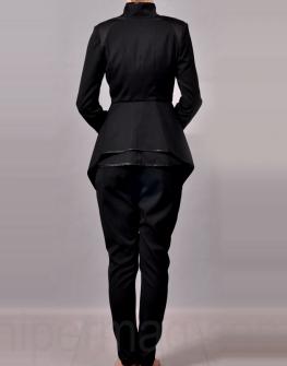 Дизайнерски костюм - сако и панталон в черно La Speciale