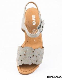 Ортопедични дамски сандали в сиво Ara