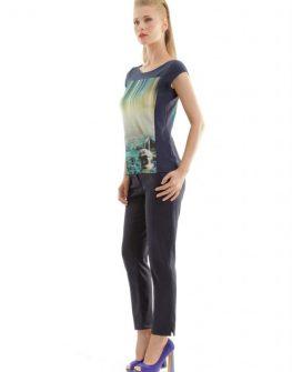 Дамска тениска в тъмносин цвят CONQUISTA
