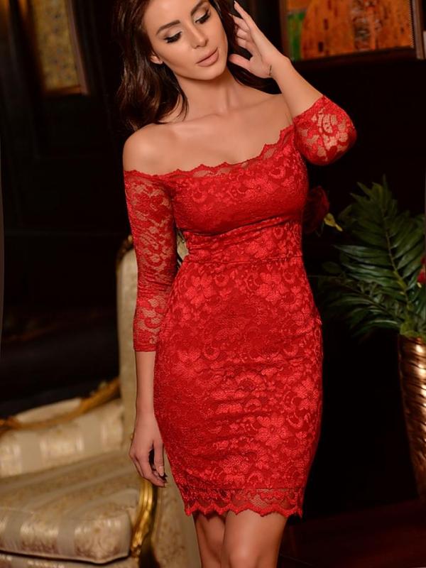 Червена дантелена рокля DPmoda