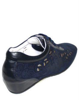 Спортно - елегантни обувки с цветя Sara Pen