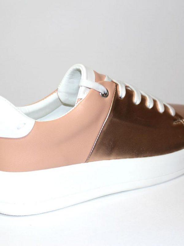 Спортни дамски обувки Sara Pen в розово