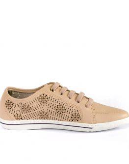 Ниски заострени обувки в бежово Cravo & Canela