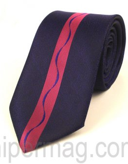 Мъжка вратовръзка New Style Collection - цикламена лента