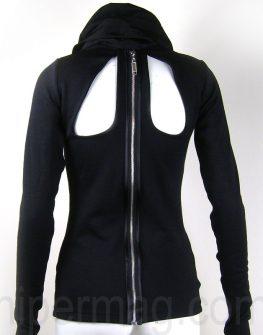 Дизайнерска блуза с висока яка