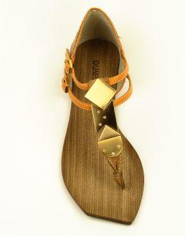 Дамски сандал DUMOND с метални декоративни елементи