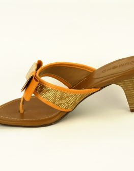 Дамски обувки DUMOND с интересен ток