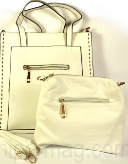 Красива дамска чанта в бял цвят