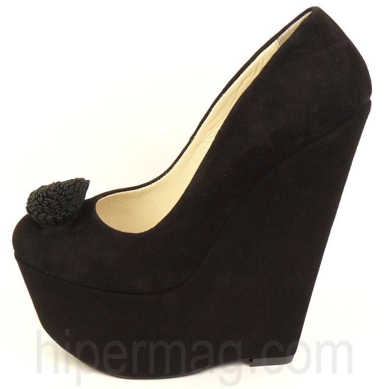 257c93dda12 Дамски обувки с платформа Sara Pen - черни