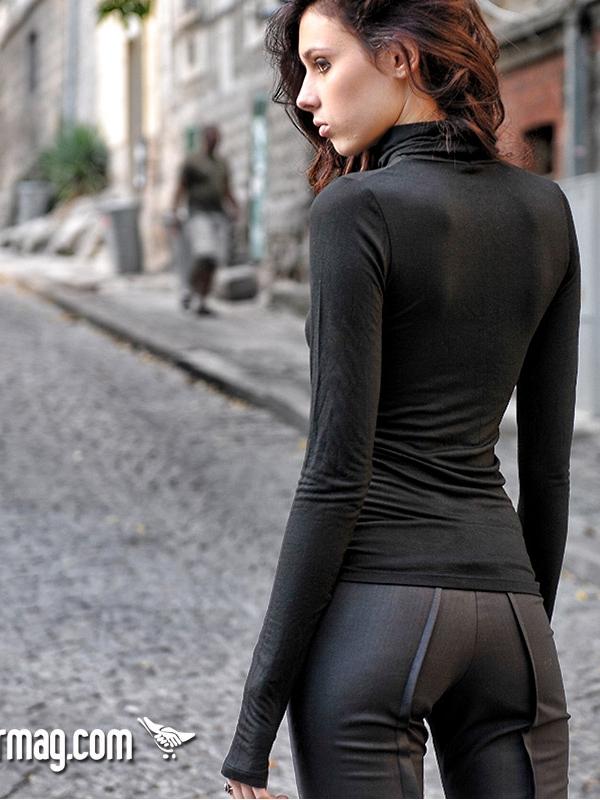 Черно дамско поло - от La Speciale
