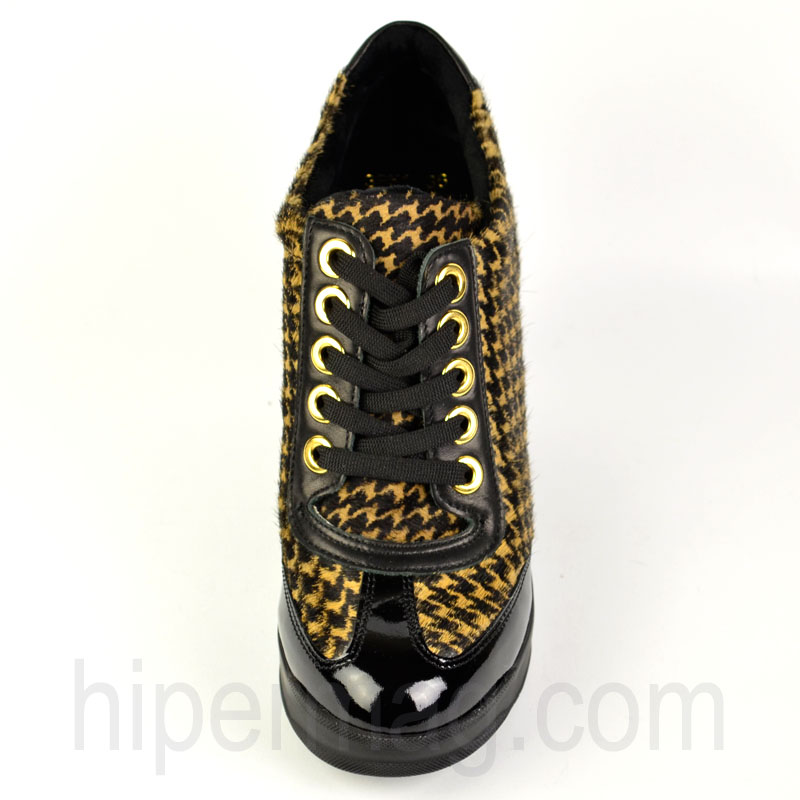 Обувки в интересен десен - от Sara Pen