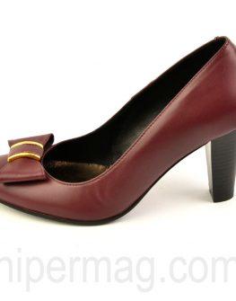 Дамски обувки цвят бордо - от Balis