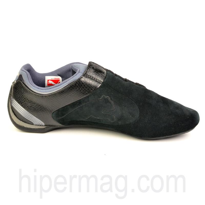 Изчистени спортни обувки PUMA в черен десен