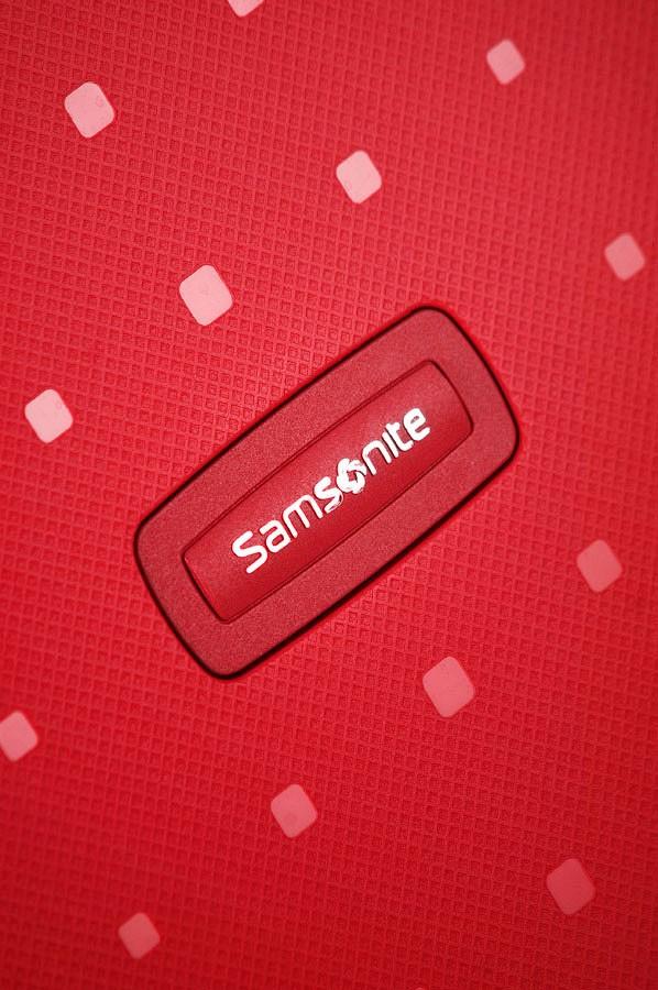 Спинер на 4 колела Samsonite S'Cure 69 см пурпурно червен цвят, среден размер
