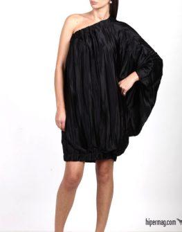 Черна рокля с едно рамо Aggata