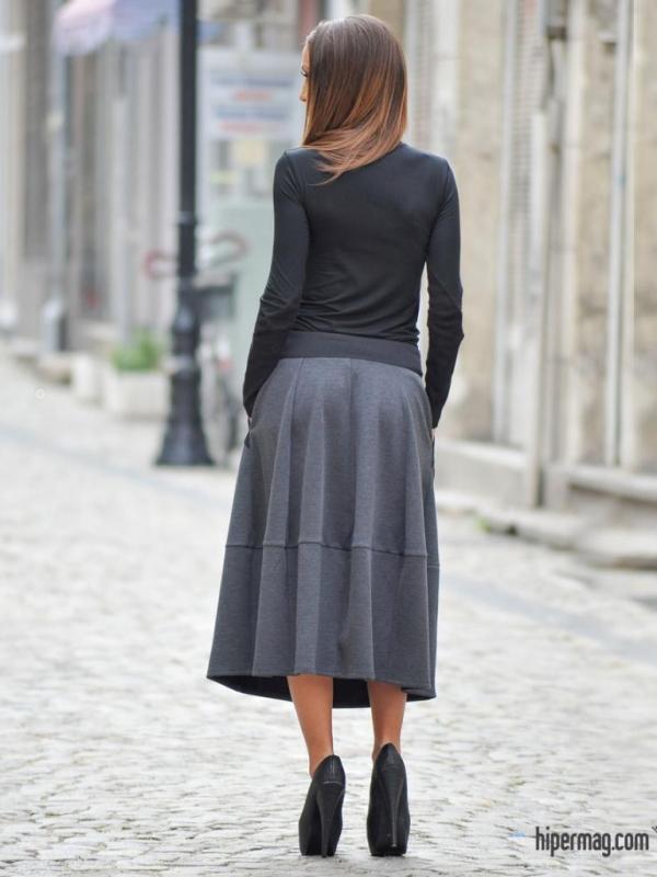 Дълга дизайнерска пола в черен цвят