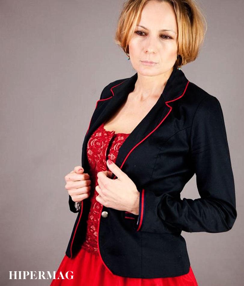 Стилно дамско сако в тъмно син цвят AGGATA