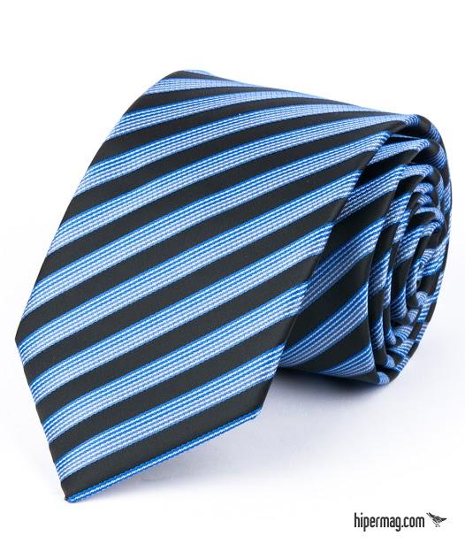 Стилна мъжка вратовръзка в синьо райе New Style