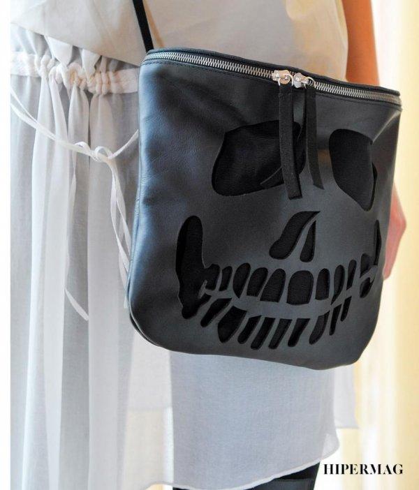Дизайнерска чанта La Speciale – череп