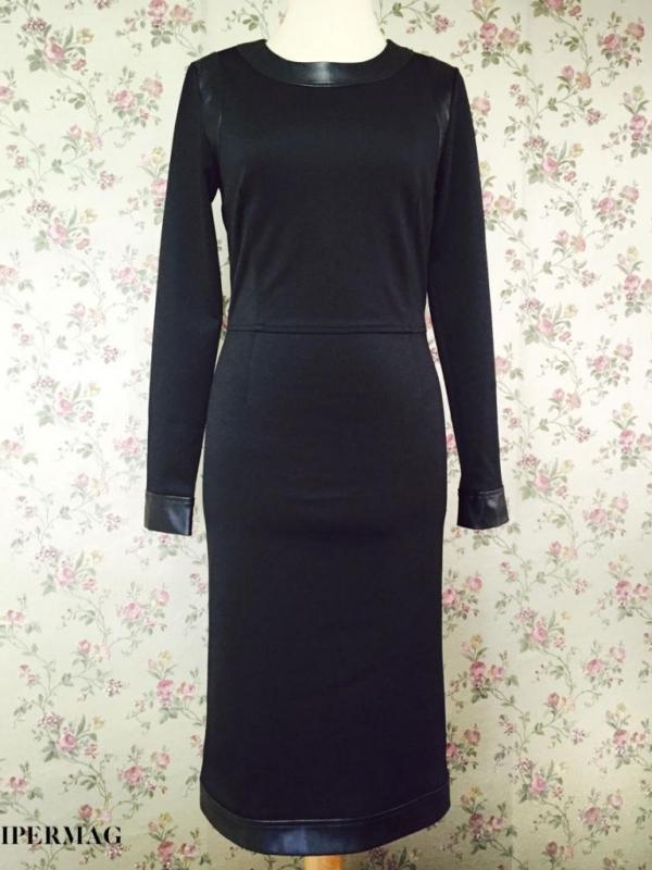 Дизайнерска черна рокля AGGATA