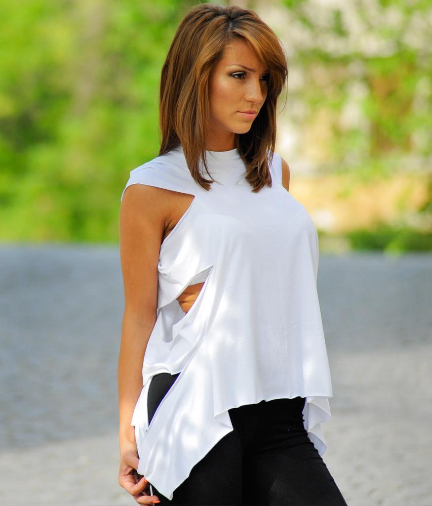 Комплект блузи в черно и бяло La Speciale
