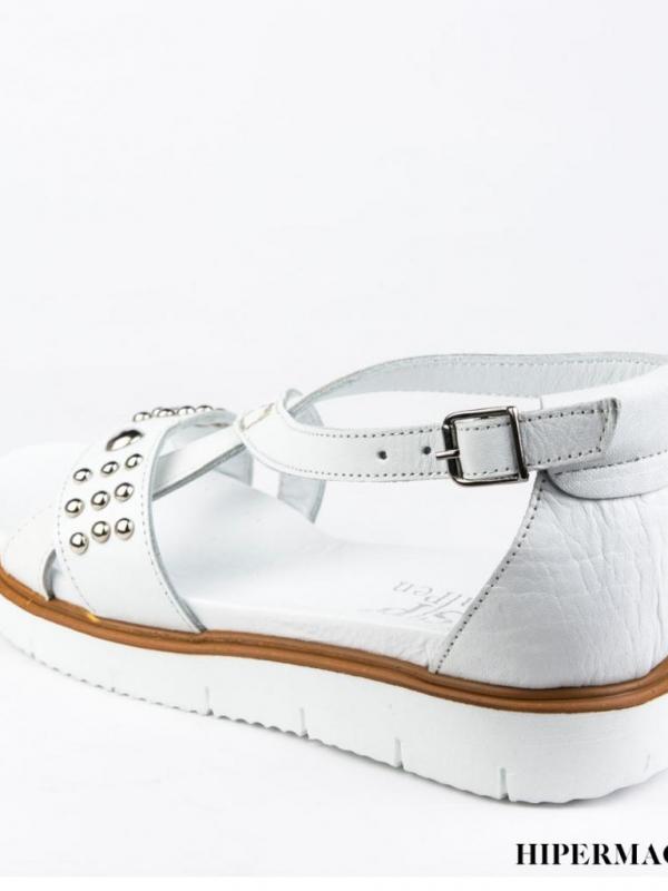 Ниски бели сандали Sara Pen
