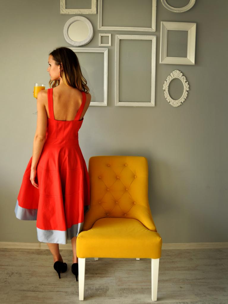 Разкроена рокля Andrea