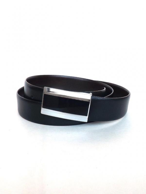 Черен колан с метална плочка Styler