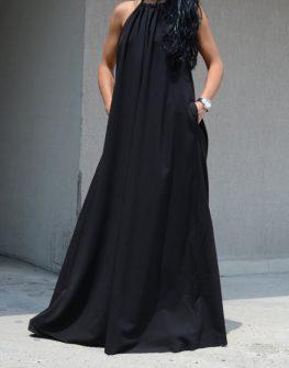 Дълга черна рокля с изрязан гръб Kotyto