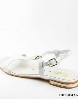 Ниски бели сандали Balis