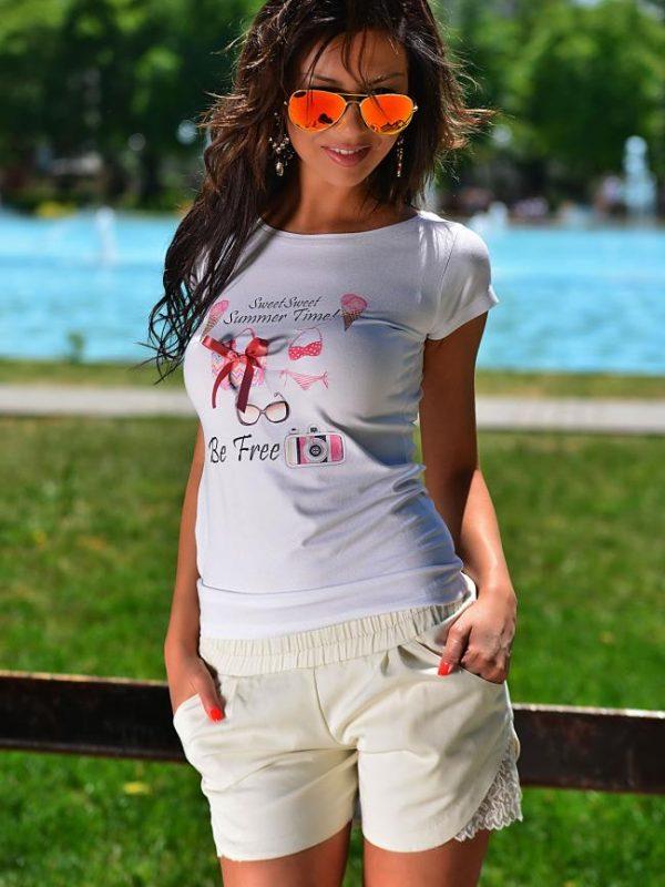Вталена бяла тениска DPmoda
