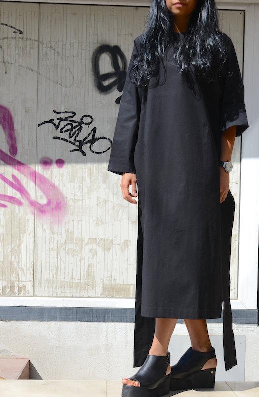 Дизайнерска рокля в черно Kotyto