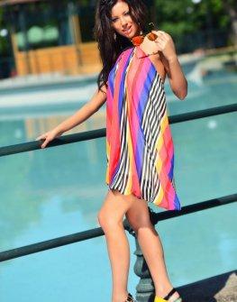 Стилна цветна рокля DPmoda