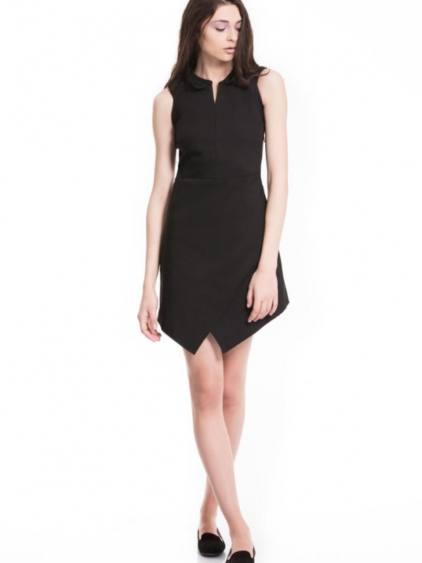 Стилна черна рокля с яка Pulse