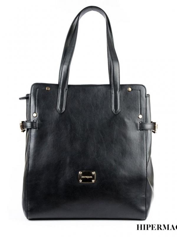 Стилна дамска чанта в черно Sara Pen