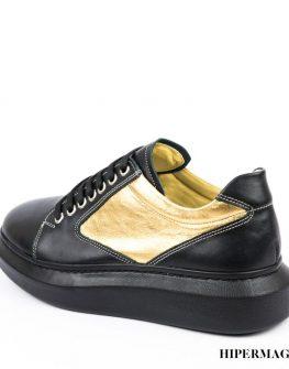 Обувки на равна платформа Sara Pen