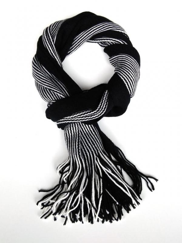 Черно – бял шал Styler
