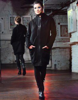 Ефектно палто в черен цвят La Speciale