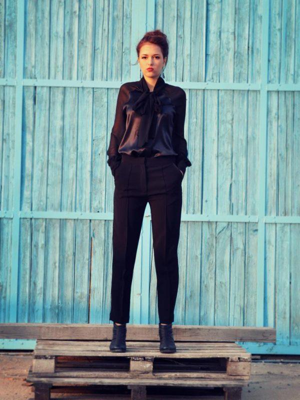 Стилна дизайнерска блуза Charlize