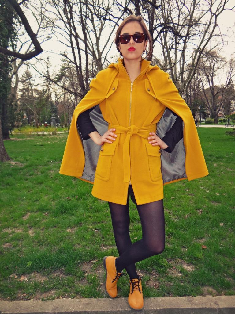 Дамско палто в жълто Liberty