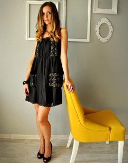 Къса черна рокля Carey