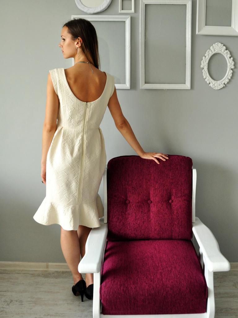 Стилна дизайнерска рокля Helen