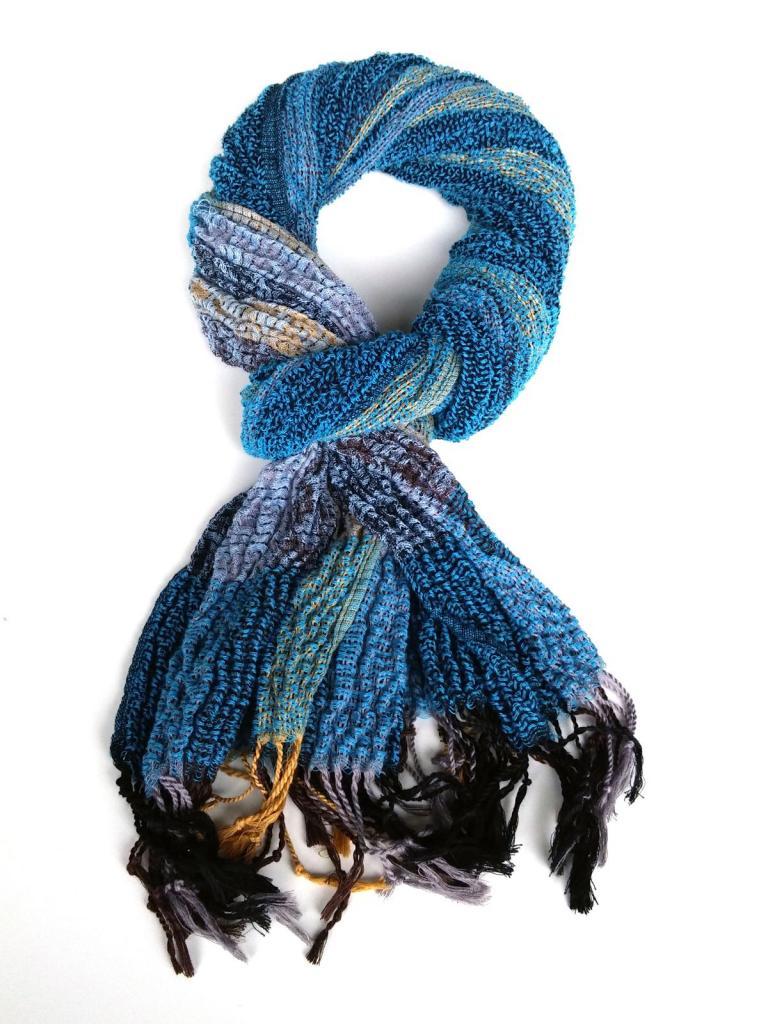 Стилен шал в синьо Styler