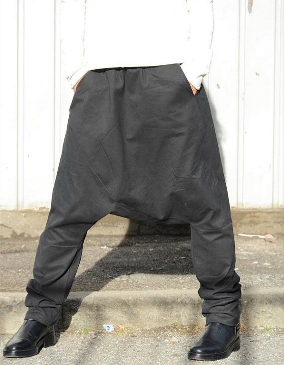 Дизайнерски черен панталон Kotyto