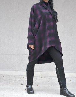 Дамско палто в черно и лилаво Kotyto