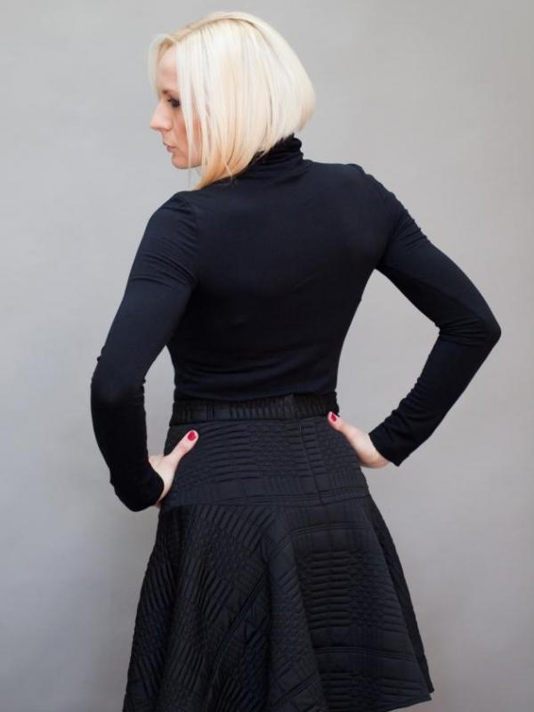 Черна пола с висока талия Aggata
