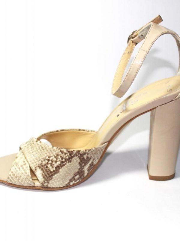 Дамски сандали Sara Pen в десен змия