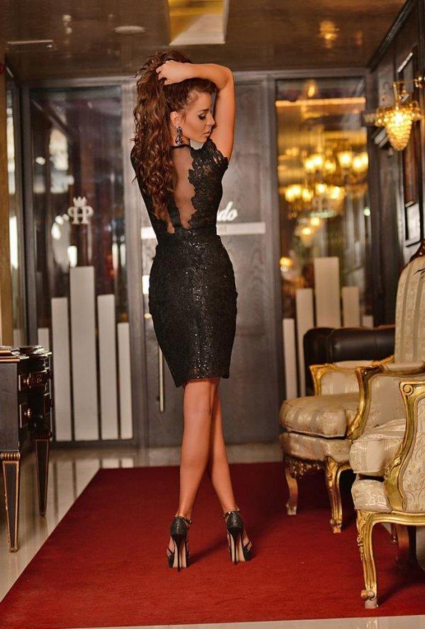 Къса елегантна рокля DPmoda