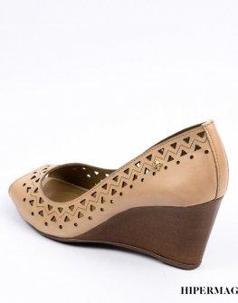 Дамски сандали в бежово Cravo&Canela