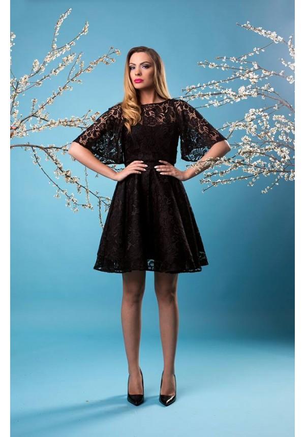 Бутикова рокля в черно Cocoon